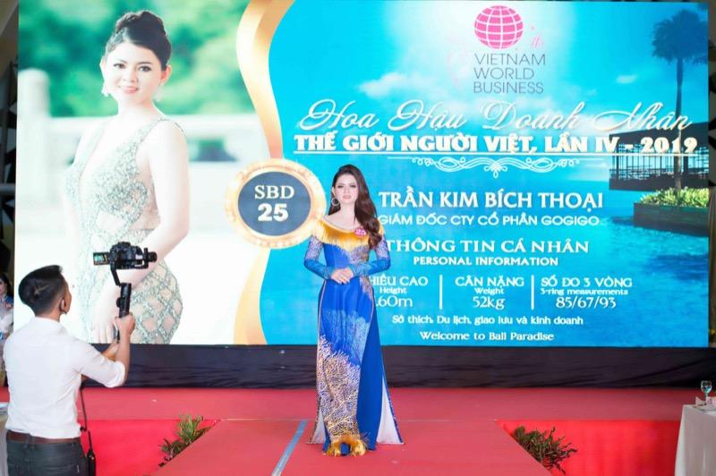 Nữ doanh nhân Trần Kim Bích Thoại đăng quang Á hậu doanh nhân