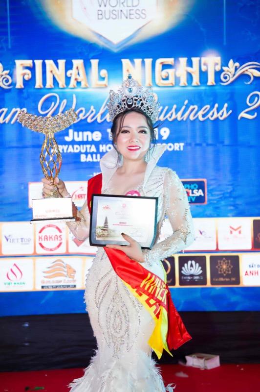 """Hoa hậu Doanh nhân Thế giới người Việt 2019 tìm ra """"Bông hoa"""" xứng đáng nhất, tài sắc vẹn toàn"""
